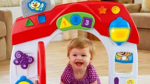 Laugh & Learn Smart Stages Home Playset Girl I Door