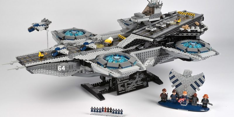 Lego Helicarrier Review