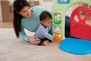 Fisher Price Laugh & Learn Smart Stages Home Playset Learning Young